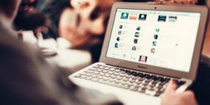 Strategi Baru Pemasaran Online & Humas